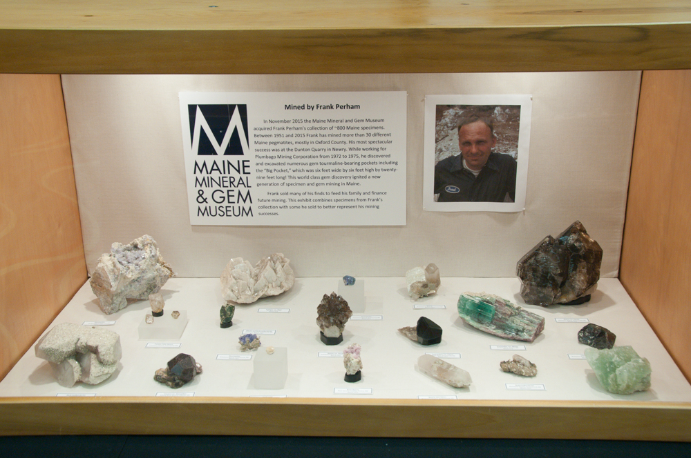 Maine Mineral and Gem Museum Case, Rochester Mineralogical Symposium