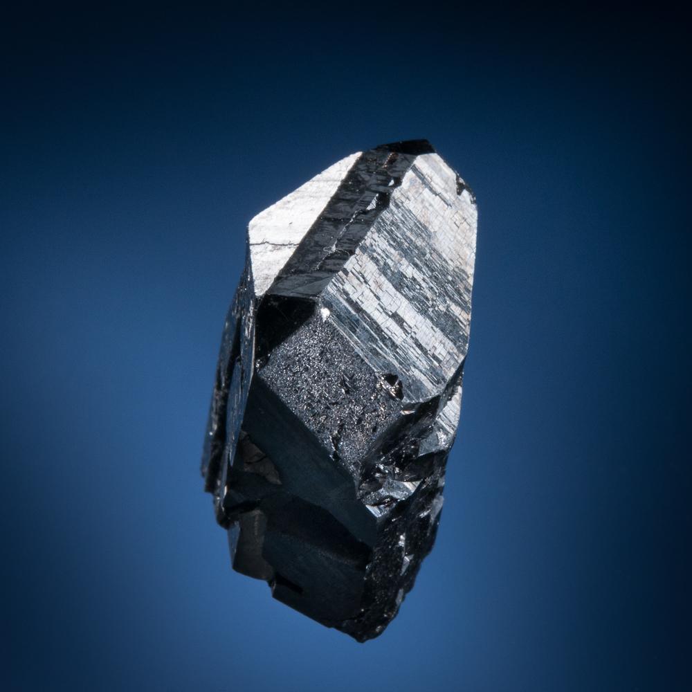 Rutile, var. Struverite-Ilmenorutile, Santa Rosa Mine, Itambacuri, Doce Valley, Minas Gerais, Brazil
