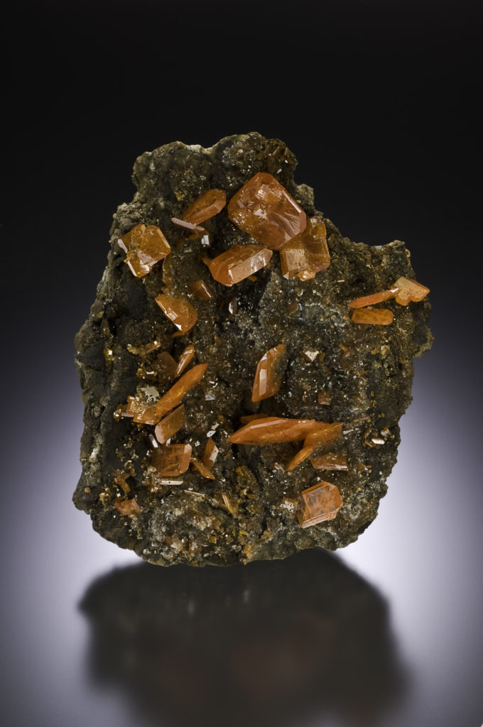 Wulfenite Red Cloud Scovil